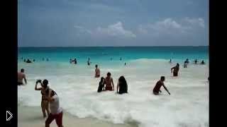 Смотреть онлайн Невероятно красивый пляж Тулум, Юкатан, Мексика
