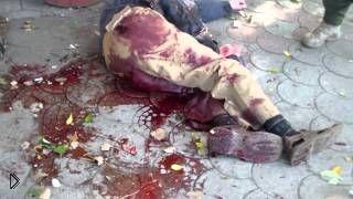 Смотреть онлайн Сильный обстрел центра Донецка на День знаний