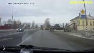 Смотреть онлайн Водитель ушел от столкновения