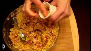 Смотреть онлайн Рецепт как готовить домашнюю колбасу с картошкой