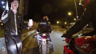 Смотреть онлайн Третье транспортное кольцо на мотоцикле за 12 минут