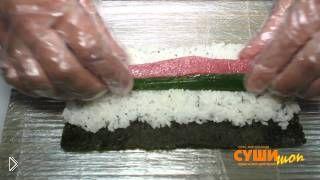 Смотреть онлайн Как приготовить дома простые суши и роллы