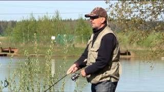 Смотреть онлайн Весенняя ловля форели весной на удочке на платниках
