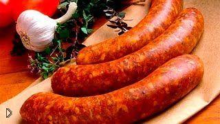 Смотреть онлайн Приготовление вкусной колбасы в рукаве на пару