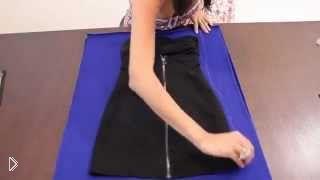 Смотреть онлайн Как сшить маленькое обтягивающее платье без выкроек