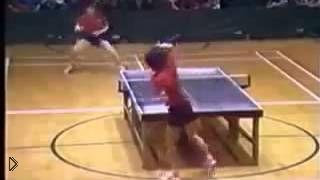 Смотреть онлайн Искрометная игра в настольный теннис