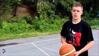 Смотреть онлайн Правильный бросок мяча в корзину в баскетболе