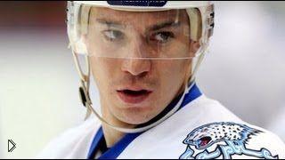 Смотреть онлайн Лучшие силовые жесткие приемы борьбы в хоккее