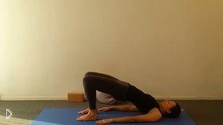 Смотреть онлайн Упражнения гормональной йоги для женщин