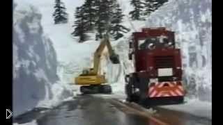 Смотреть онлайн Подборка: Снегоуборочные машины в работе