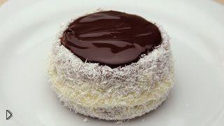 Смотреть онлайн Приготовление шоколадных кексов на десерт