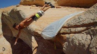 Прыжки в воду со скалы, качество UHD - Видео онлайн