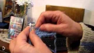 Смотреть онлайн Как правильно связать свитер спицами для начинающих