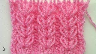 Смотреть онлайн Вязание ажурного узора с вытянутыми петлями спицами