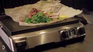 Смотреть онлайн Каре ягненка на гриле с овощным салатом