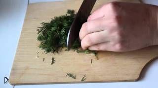 Смотреть онлайн Как приготовить тушеное филе со сметаной в мультиварке