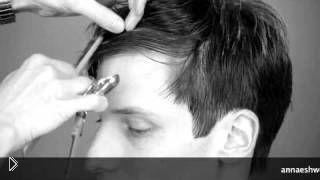 Смотреть онлайн Как стричь челку в мужских стрижках