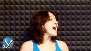 Смотреть онлайн Как научиться петь ноты низким голосом