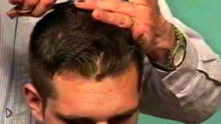 Смотреть онлайн Урок стрижки: мужская причёска на кудрявые волосы
