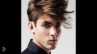 Смотреть онлайн Модная мужская стрижка с косой челкой