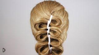 Смотреть онлайн Урок плетения необычной косы из одной пряди с лентой