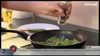 Смотреть онлайн Готовим диетический завтрак: лобио по-грузински с яйцом