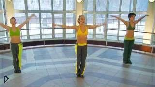 Смотреть онлайн Урок упражнений танцевальной аэробики на русском
