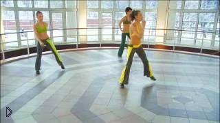 Смотреть онлайн Занятие интенсивной танцевальной аэробикой новичкам