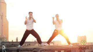Смотреть онлайн Танцевальная зумба для похудения