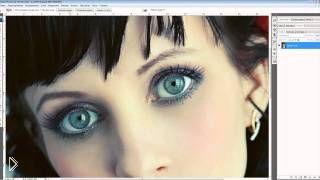 Смотреть онлайн Как можно поменять цвет глаз в фотошопе