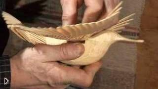 Смотреть онлайн Как сделать фигуру птицы счастья из дерева
