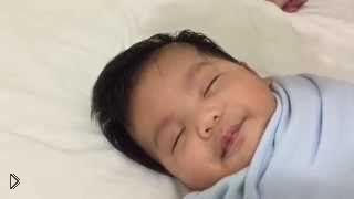 Смотреть онлайн Как заставить младенца уснуть за одну минуту