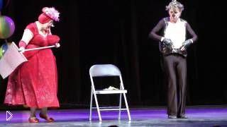 Смотреть онлайн Смешное выступление клоунов, номер