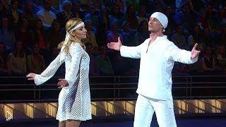 Смотреть онлайн Навка и Костомаров номер по песню