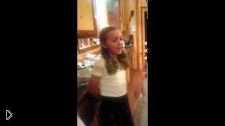 Смотреть онлайн 11-летняя девочка перепела Rolling in the deep