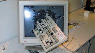Смотреть онлайн Подборка: Психованные парни рушат компьютеры