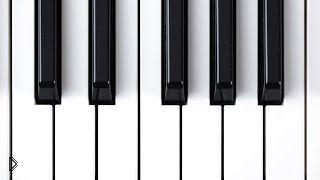 Смотреть онлайн Урок по фортепиано для начинающих музыкантов