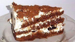 Смотреть онлайн Торт из шоколадного бисквита с творожным кремом
