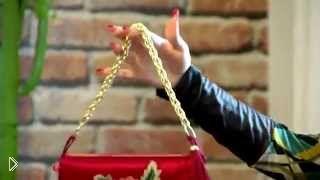 Смотреть онлайн Способ использования старого платья: шьем сумку