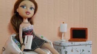 Смотреть онлайн Как сделать настольную лампу для куклы