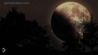 Смотреть онлайн Как выглядит лунное затмение, ускоренная съемка