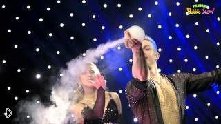 Смотреть онлайн Невероятное представление с мыльными пузырями
