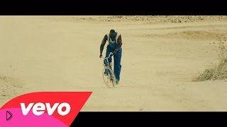 Смотреть онлайн Клип: Avicii - Pure Grinding