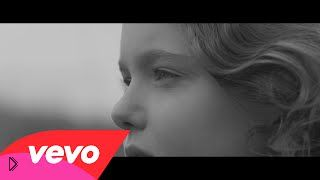 Смотреть онлайн Клип: Claptone - Dear Life