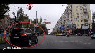 Смотреть онлайн Подборка: Водители игнорируют красный свет