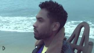 Смотреть онлайн Клип Miguel - Waves