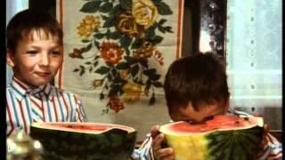 Смотреть онлайн Семилетние дети СССР говорят о жизни