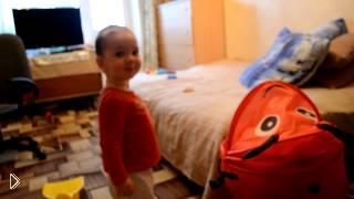 Смотреть онлайн Интересный способ отучить ребенка от соски