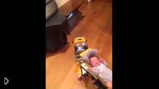 Смотреть онлайн Как сообразительный папаша усыпил ребенка
