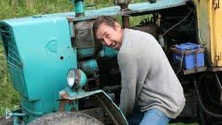 Смотреть онлайн Подборка: Сельские парни веселятся на тракторах